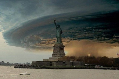 Superstorm Sandy viral hoax photo